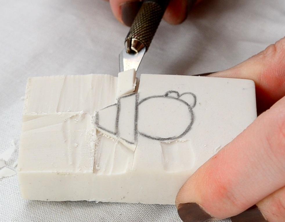 Estampar tela con sello o tamp n departamento de ideas for Como hacer sellos