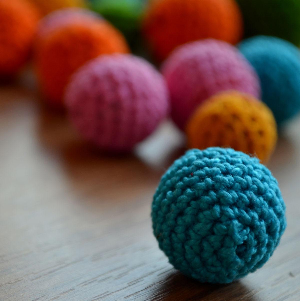 esta bolas