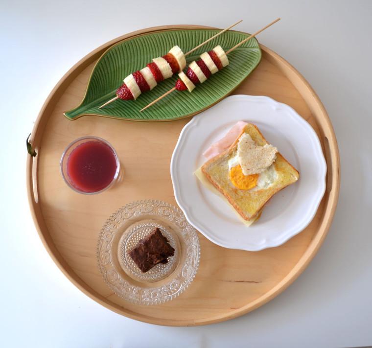 Desayuno_sandwich_browny_brocheta_fruta