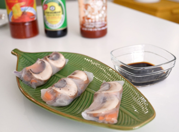 Rollitos_papel_de_arroz_salmon_champiñones_lombarda