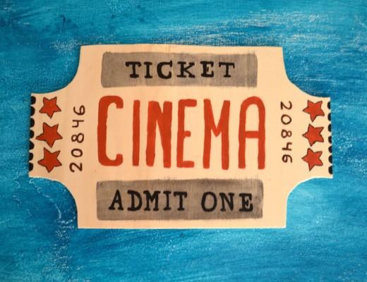 Cartel panel madera entrada cine