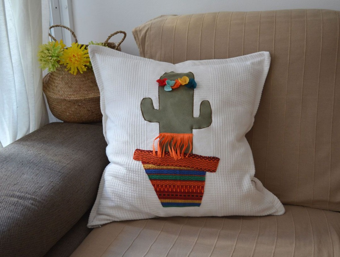 Cojín diy cactus