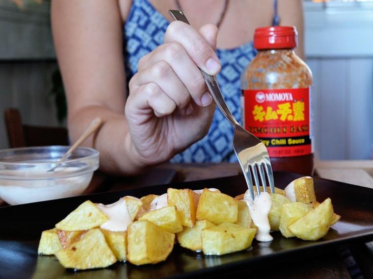 patatas-bravas-kimchee