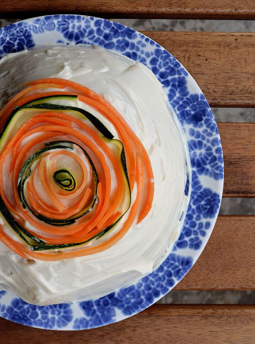 Tarta Pastel de sandwich salad cake