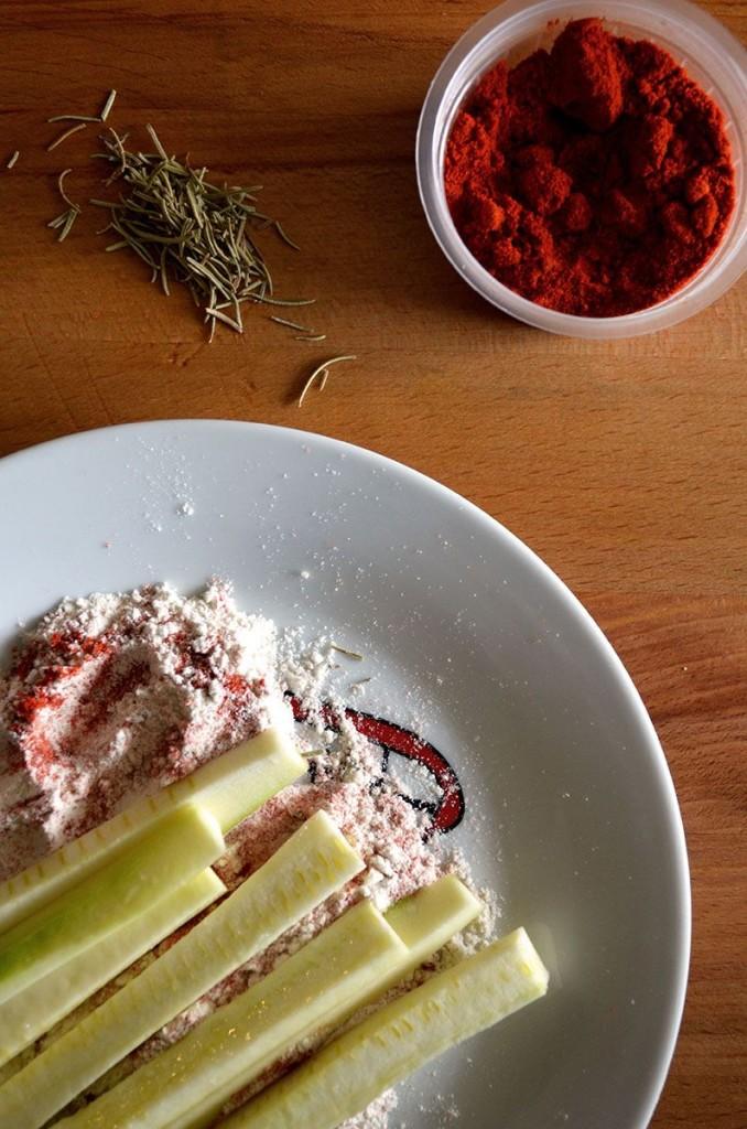 Hamburguesa vegetal garbanzos falafel palitos calabacin