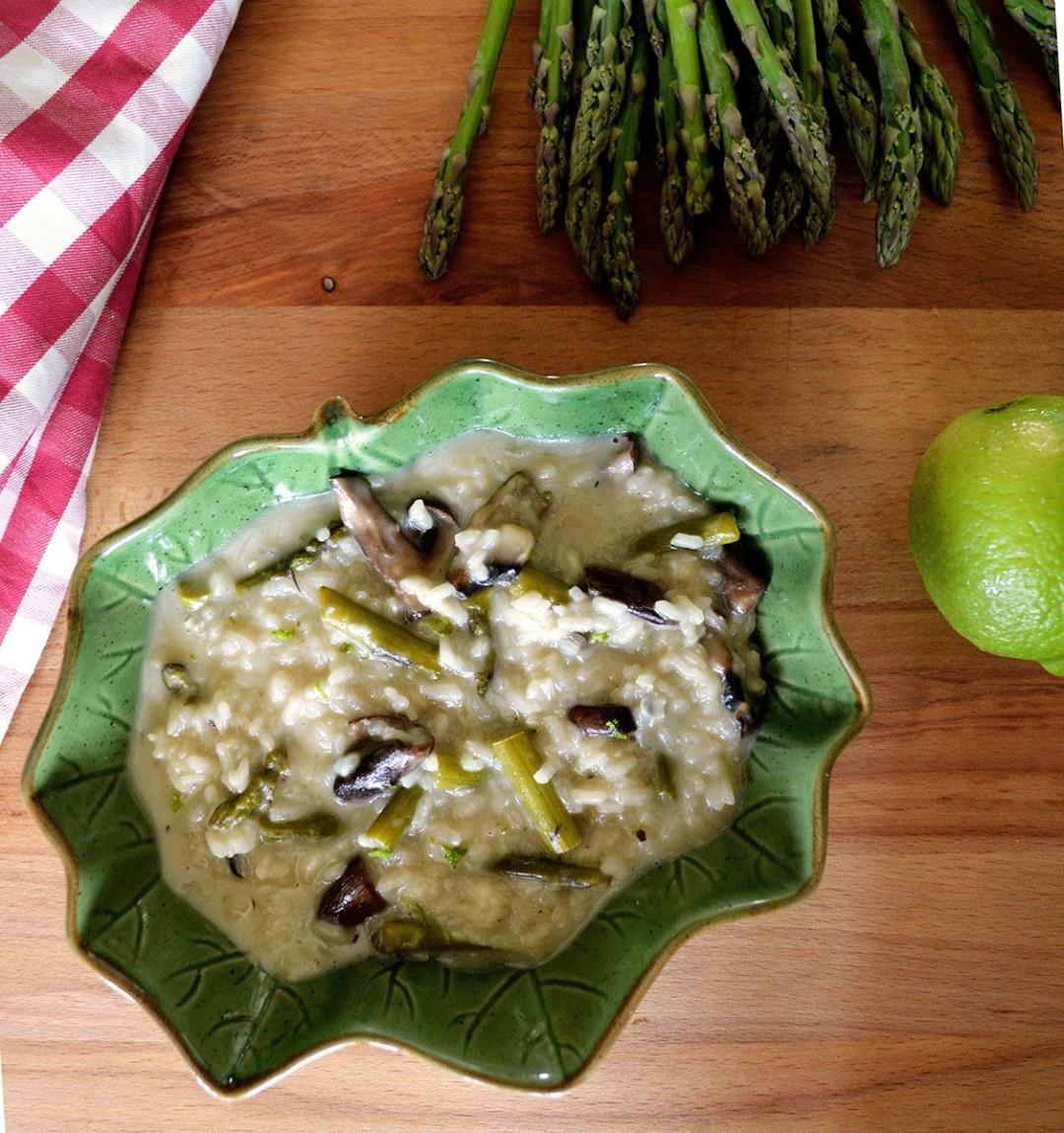 Risotto de esparragos portobello y gorgonzola